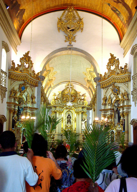 Palm Sunday in a ancient church in São Paulo